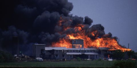 Explosion, Fire, Smoke, Sky, Flame, Event, Wildfire, Pollution, Heat, Gas,