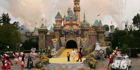 Landmark, Amusement park, Park, Architecture, Recreation, Tree, Tourism, Walt disney world, Tourist attraction, World,