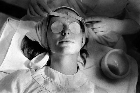 Eyewear, Glasses, Black-and-white, Head, Monochrome, Sunglasses, Photography, Vision care, Monochrome photography, Cool,