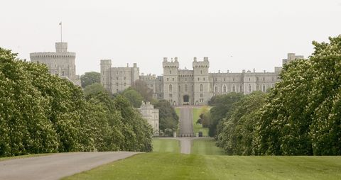 adelaide cottage windsor facts photos what to know about queen elizabeth 39 s gift to meghan. Black Bedroom Furniture Sets. Home Design Ideas