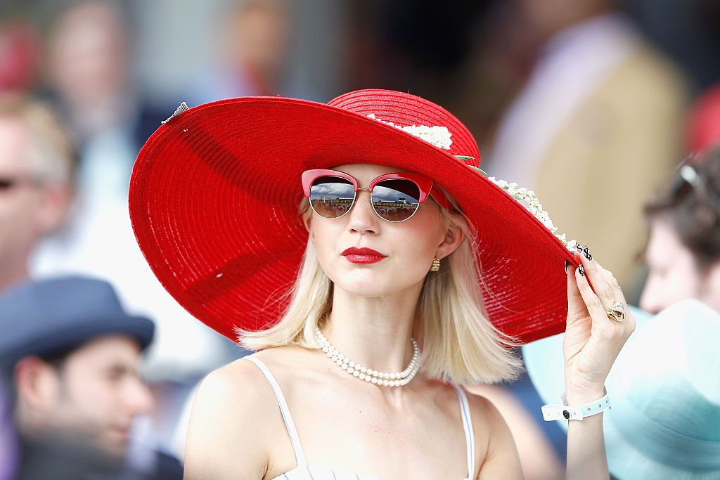 19 Kentucky Derby Outfits - What to Wear to the Kentucky Derby 2018 6858986690de