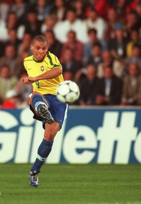 france   june 16  fussball wm france 98 nantes, 160698, brasilien   marokko 30 bra   mor, ronaldobra  photo by henri szwarcbongartsgetty images