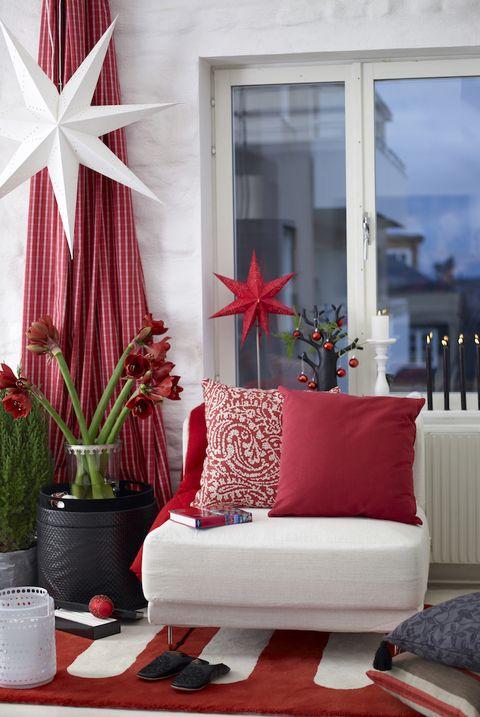 25 Stunning Christmas Living Rooms - Holiday Living Room ...