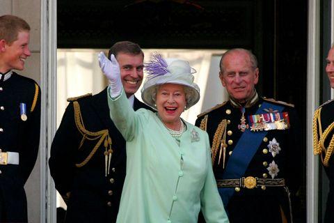 英國,皇室,婚禮,哈利王子,梅根,王妃,地點,派對,儀式,馬車,食物,裝飾,伴郎,花僮,女王