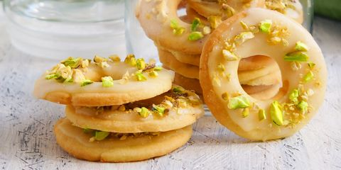 lemon cookies with pistachios and icing
