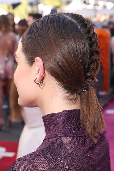 lucy hale 2016 billboard music awards hair