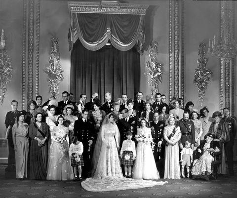 Queen Elizabeth\'s Wedding - Queen Elizabeth II Wedding to Prince ...