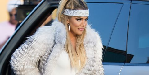 Fur, Street fashion, Clothing, Fur clothing, White, Fashion, Beauty, Outerwear, Haute couture, Automotive design,