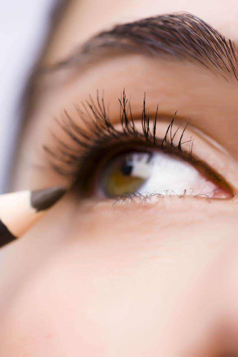 Best Makeup For Older Women - 24 Makeup Tips And Products -1456