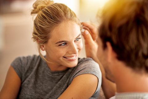 Ear, Hairstyle, Forehead, Shoulder, Eyelash, Style, Beauty salon, Tooth, Brown hair, Blond,
