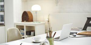 Hoe zorg je voor een productief kantoor? ELLE Decoration en Tarkett delen hun kennis en tips.