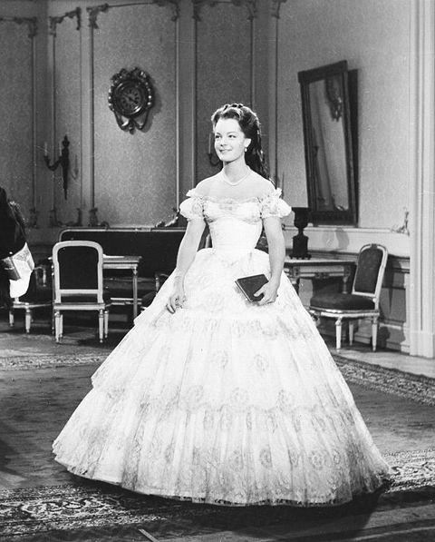 Schneider, Romy - Actress, Germany - *23.09.1938-29.05.1982+ Scene from the movie 'Sissi - Die junge Kaiserin' Directed by: Ernst Marischka Austria 1956 Vintage property of ullstein bild