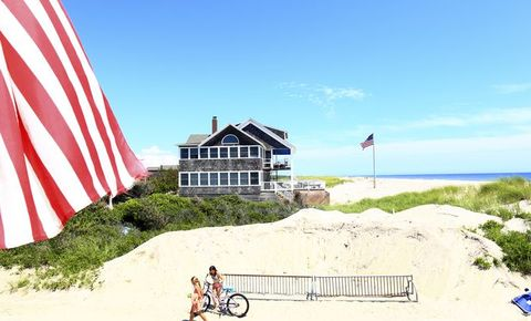 42e4cfc97a 11 Best Labor Day Weekend Getaways to Book Now 2019 - Last Minute ...