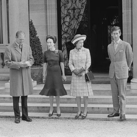 Queen Elizabeth II visits the Duchess of Windsor