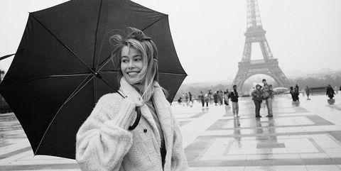 Umbrella, White, Photograph, Black, Black-and-white, Monochrome photography, Standing, Rain, Snapshot, Monochrome,
