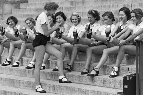 Tapdancers showing their tapping shoes - Photographer: Max Ehlert- Published by: 'Die Dame' 21/1937Vintage property of ullstein bild