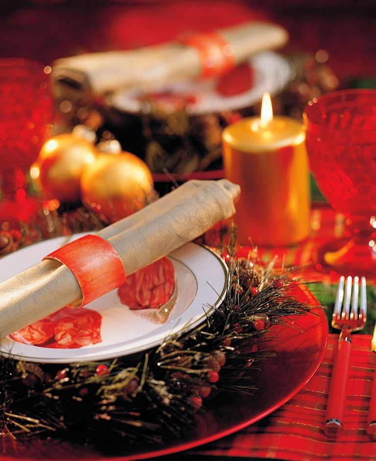 Dinner Table Setup Images: 25 Elegant Christmas Table Settings