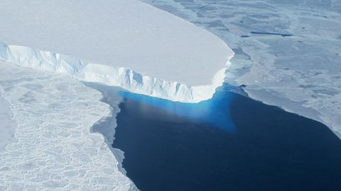 Ice, Polar ice cap, Iceberg, Arctic ocean, Sea ice, Arctic, Ocean, Melting, Glacier, Natural environment,