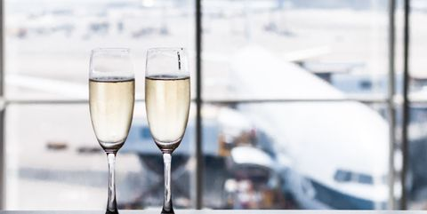 This airline is now offering free Prosecco on flights
