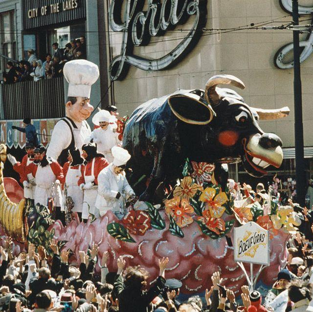 Bovine, Event, Bull, Crowd, Festival, Carnival, Tradition, Cow-goat family,