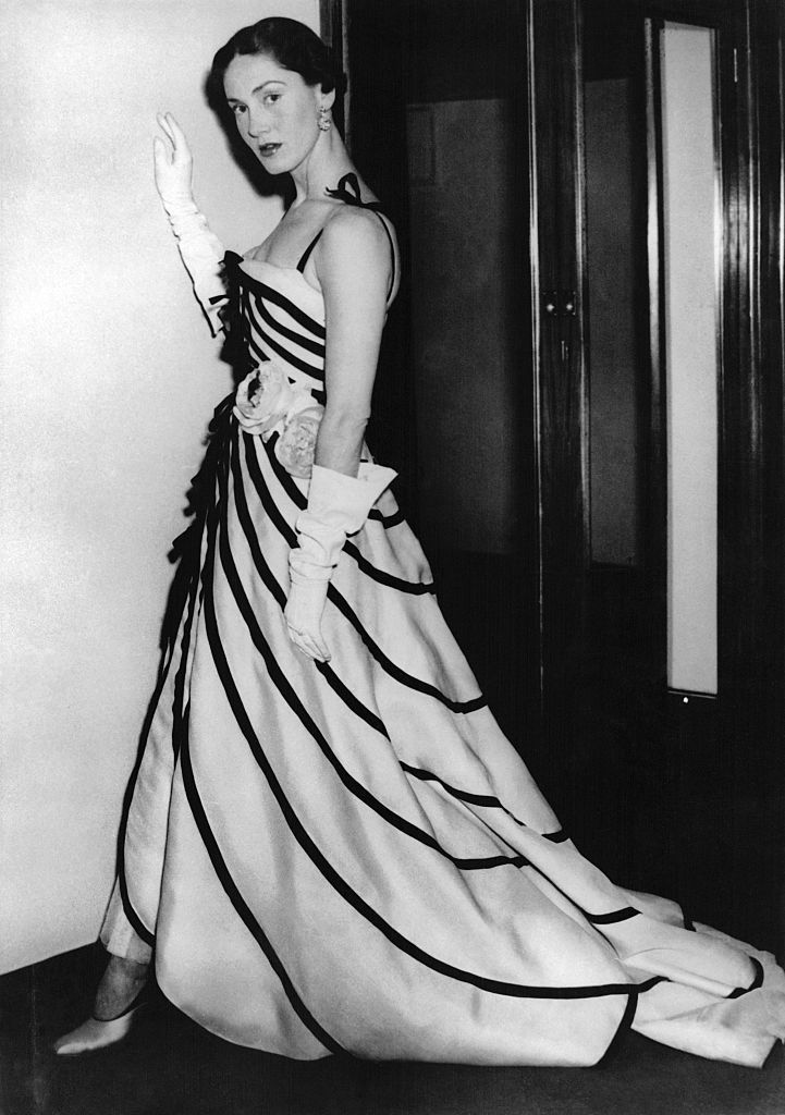 Charting Christian Dior\'s Most Iconic Looks Throughout the Years ...