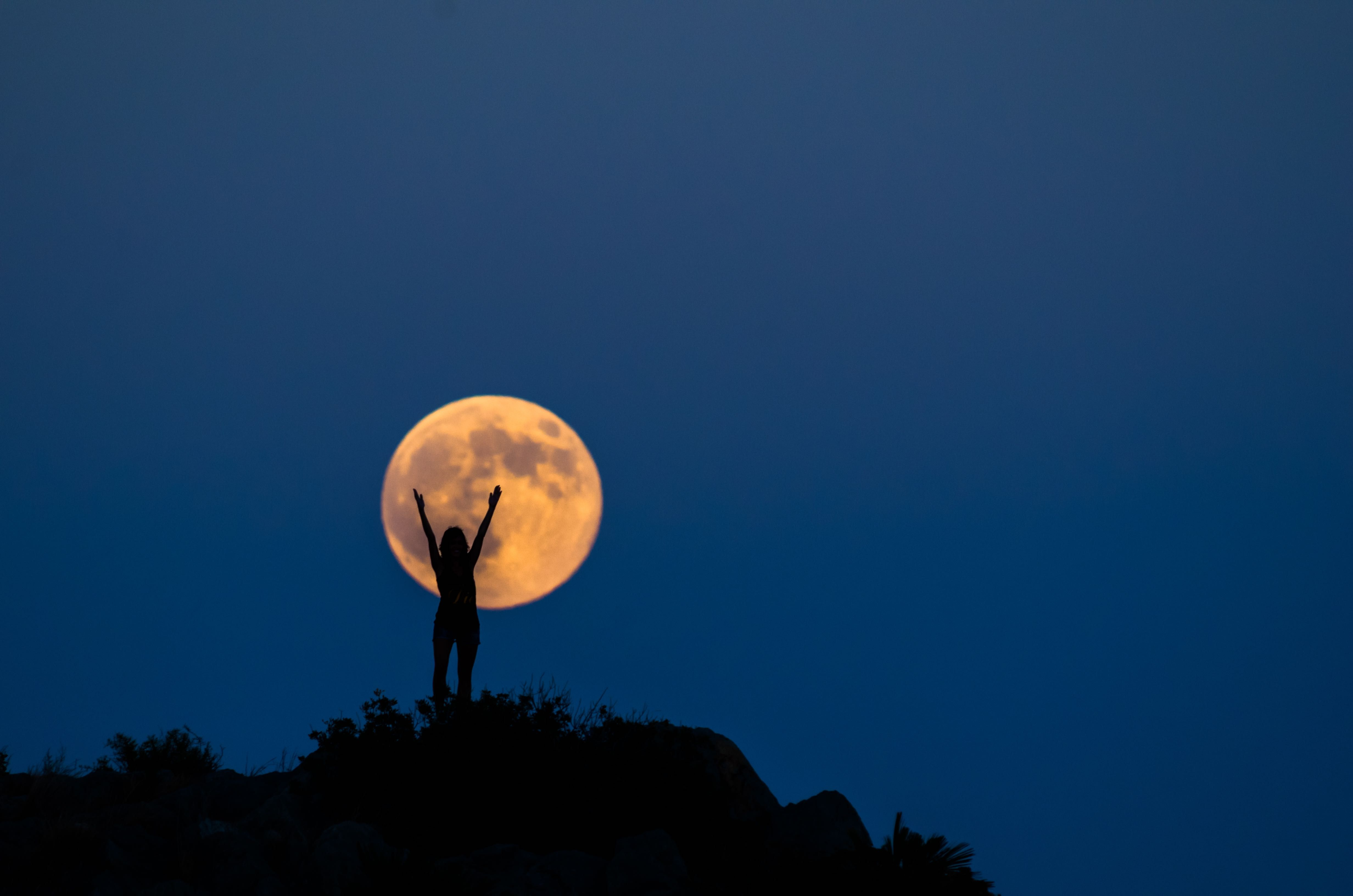 How you can take advantage of a full moon