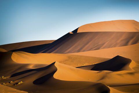 Desert, Erg, Sand, Aeolian landform, Natural environment, Singing sand, Dune, Nature, Sahara, Sky,