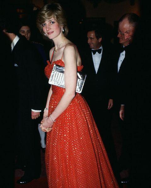 Diana Attends Ballet