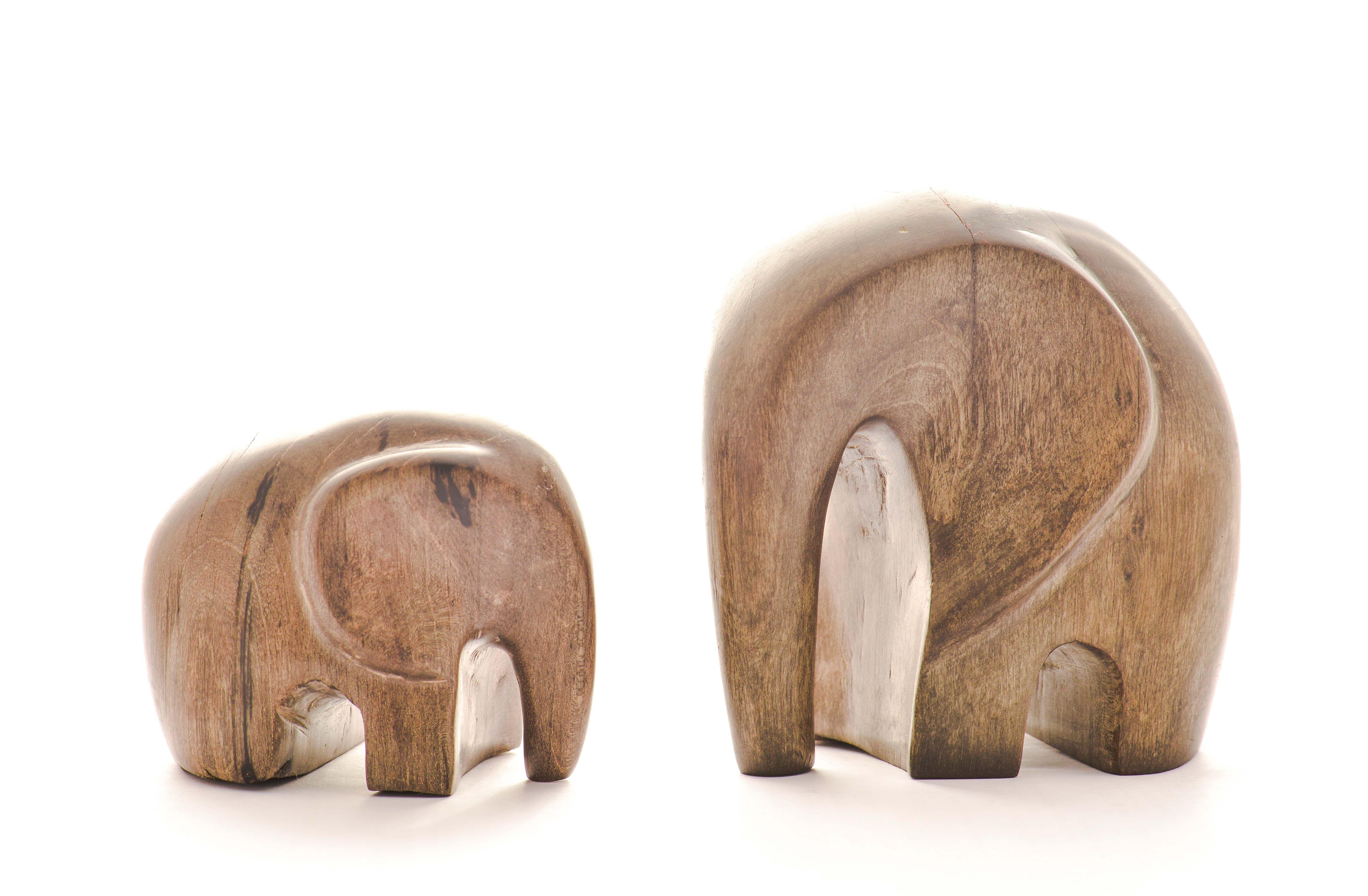 Elefantes de madera