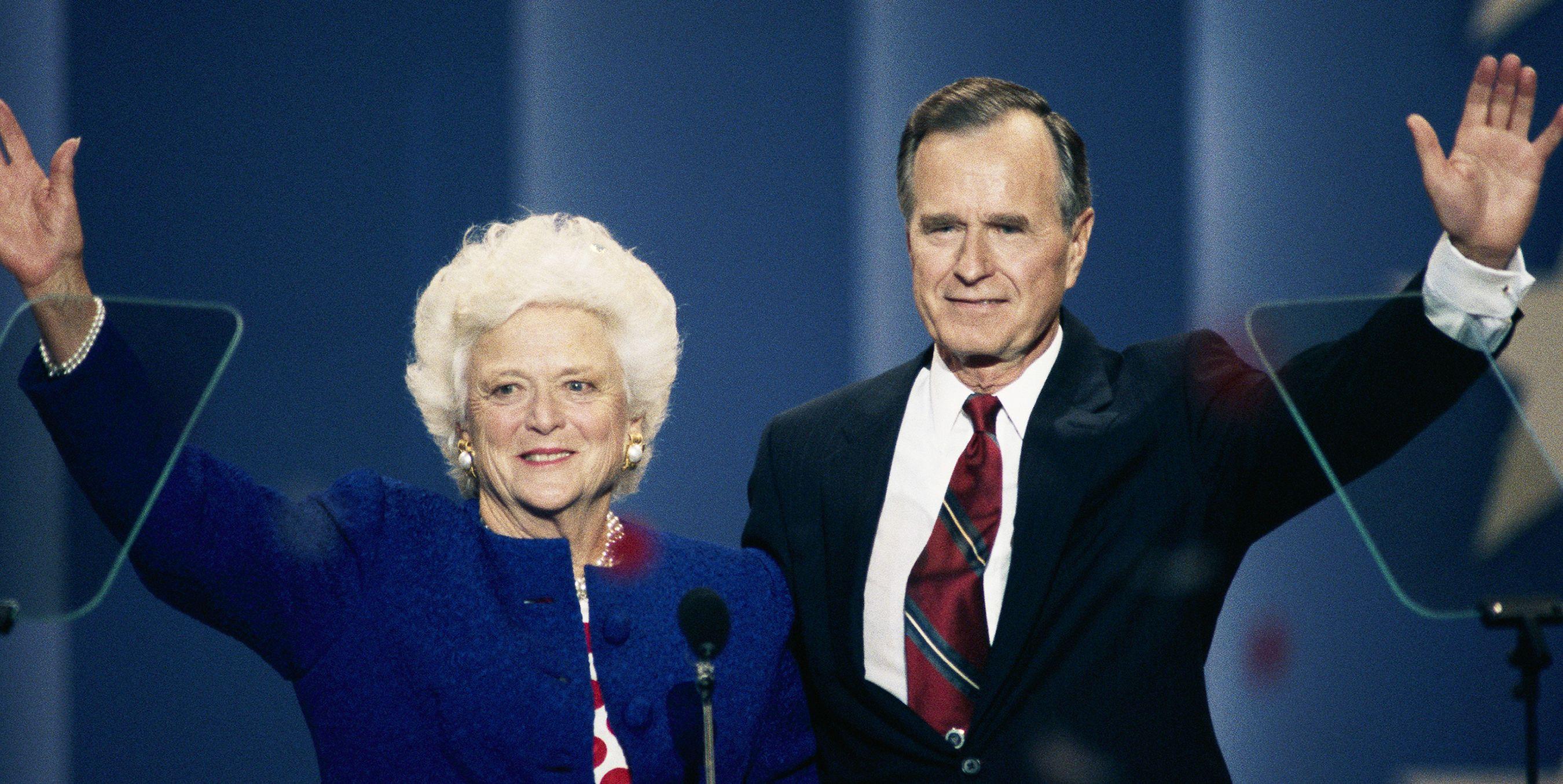 George H W And Barbara Bush S Love Story How George H W Bush