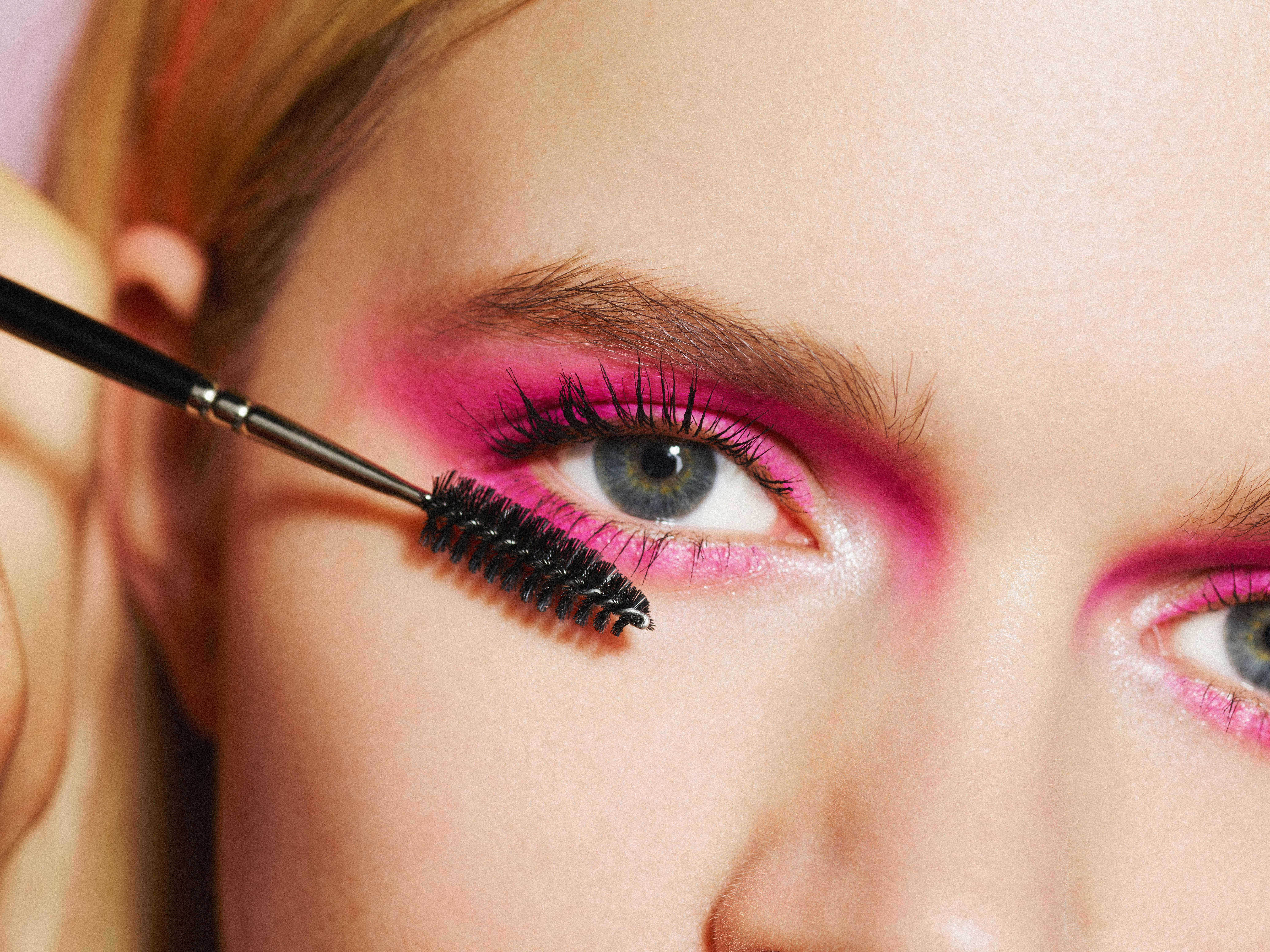 432fa2c29ec Best Drugstore Mascara Picks - ELLE.com Editors Pick Their Favorite ...