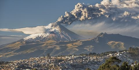 Mountainous landforms, Sky, Mountain, Cloud, Mountain range, Hill, Highland, Natural landscape, Wilderness, Ridge,