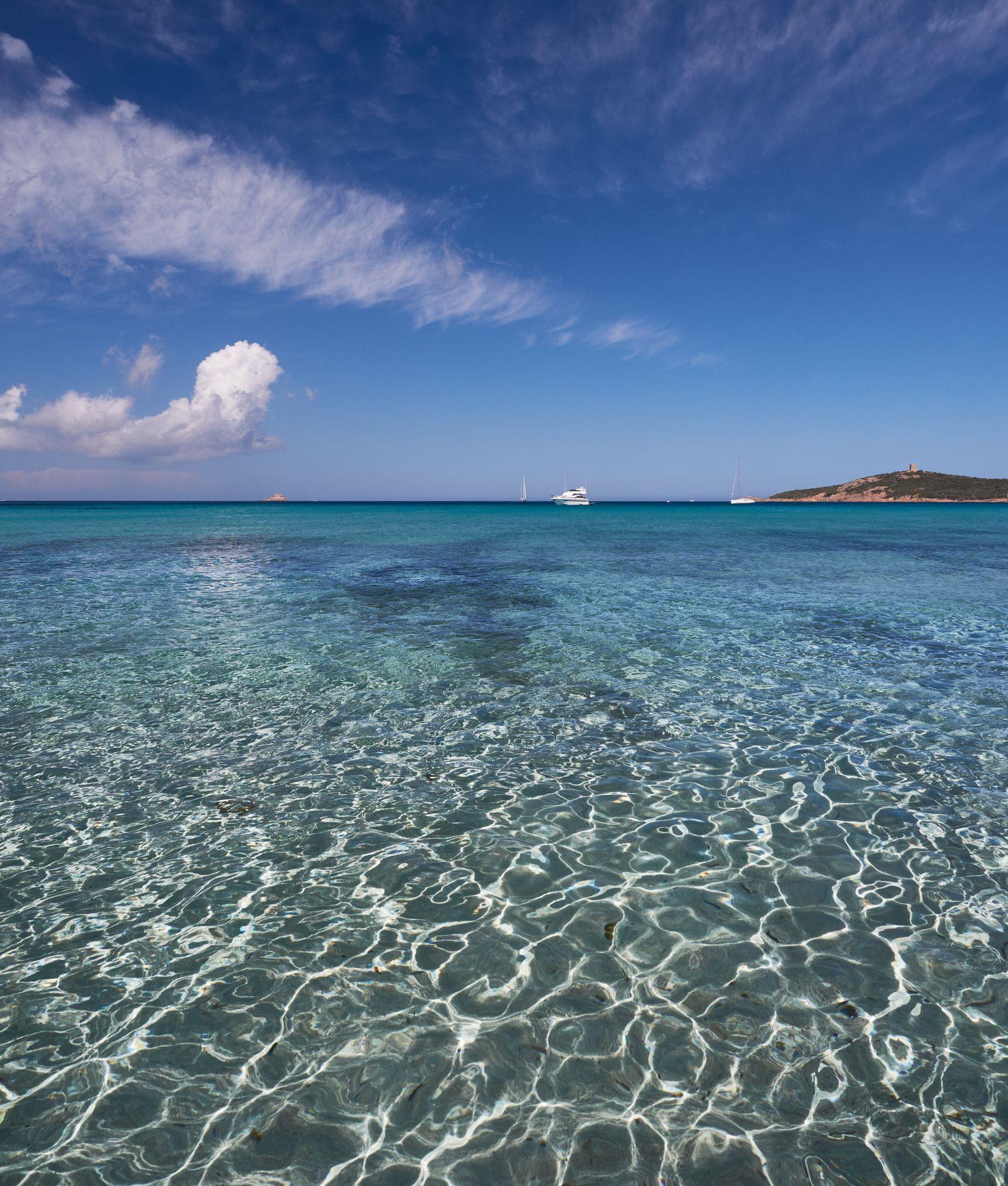 Spiagge da sogno e terme da favola: è la Corsica