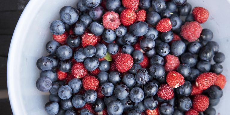 52 best superfoods list of healthy superfoods mixed bowl of berries forumfinder Images