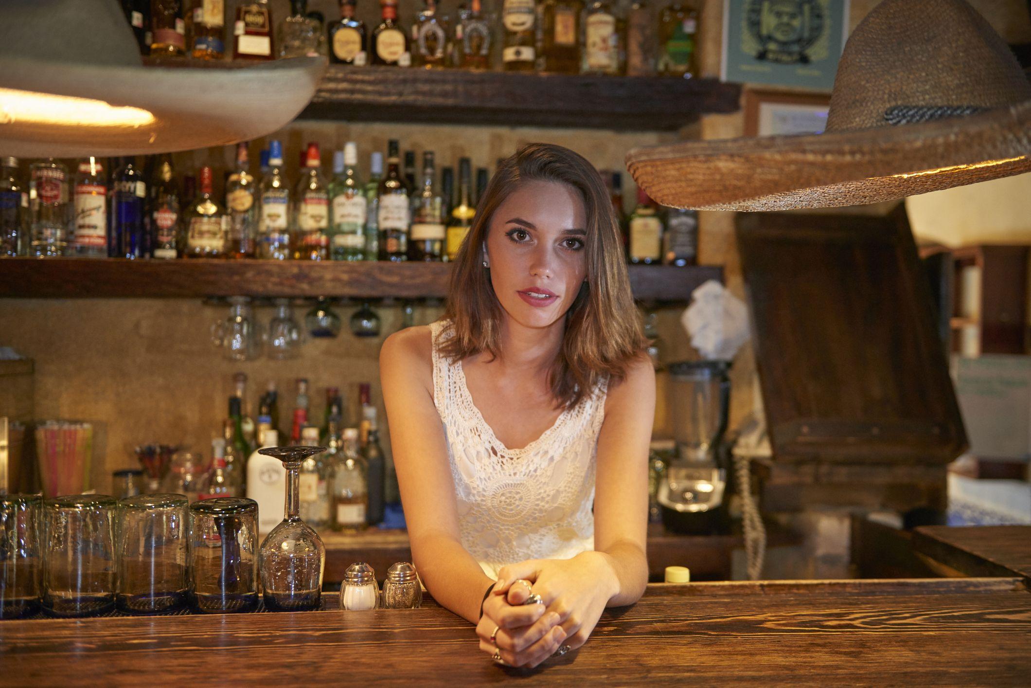 Appuntamenti cocktail cameriera