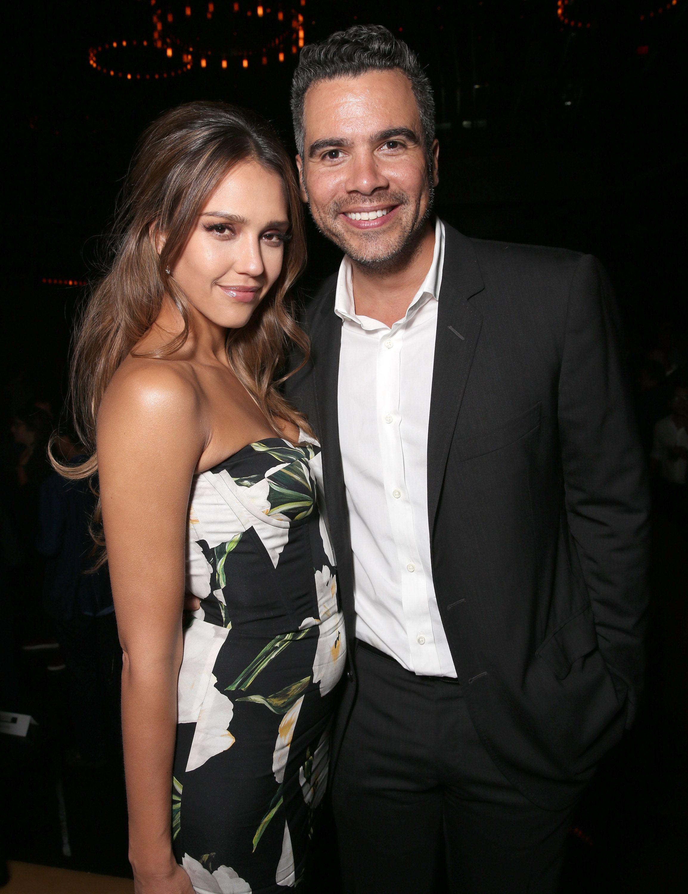 Unlikely tv couples who are dating