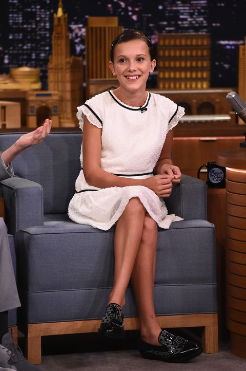 Leg, Sitting, Fashion, Thigh, Human leg, Human body, Footwear, Shoe, Furniture,
