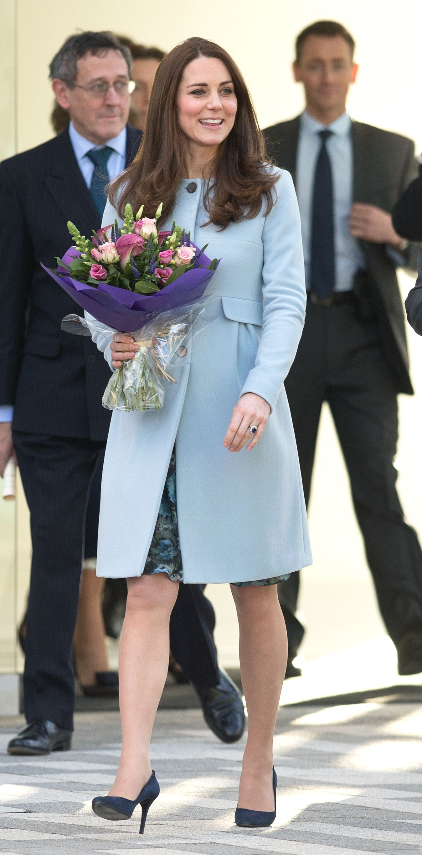 Kate Middleton\'s Best Maternity Outfits - Kate\'s Chic Pregnant Style