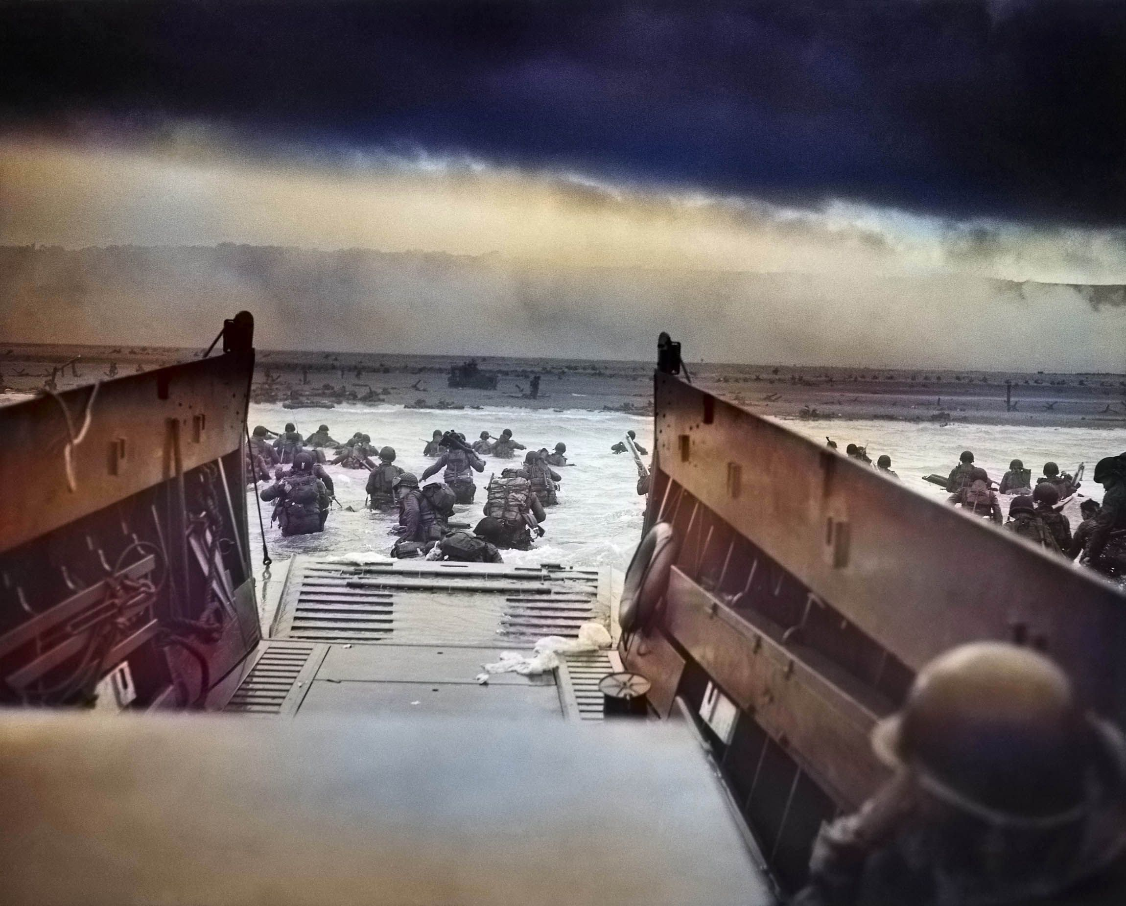 40 Photos From D-Day on Its 75th Anniversary