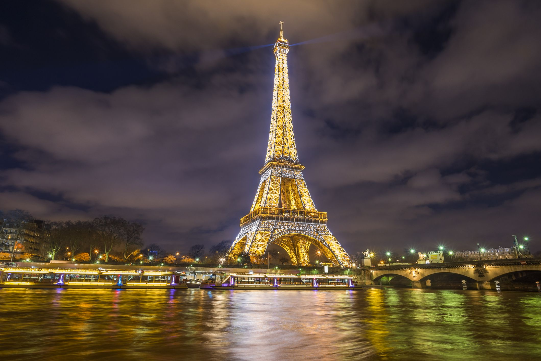 lights from the eiffel tower are for sale how to buy a lightbulb
