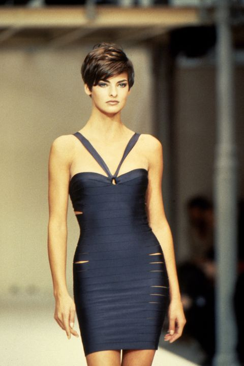 paris, france   circa 1989 linda evangelista at the azzedine alaia spring 1990 show circa 1989 in paris, france photo by pl gouldimagesgetty images
