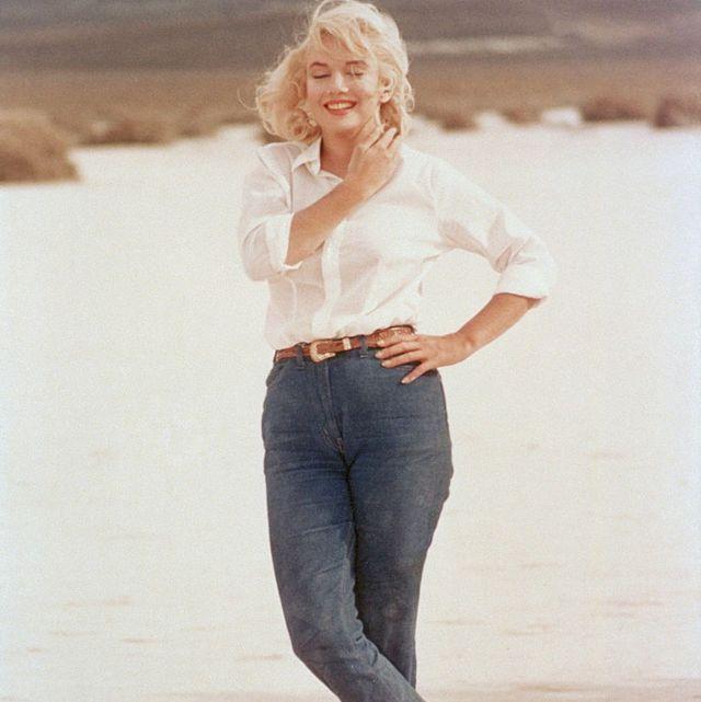 Jeans, Clothing, Blond, Denim, Standing, Waist, Leg, Fashion, Trousers, Shoulder,