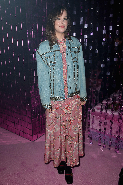 18 Cute Denim Jacket Outfits For Women Best Jean Jackets 2018 Mrx Pink Brown Woman Branded Tanks Tanktop Wanita
