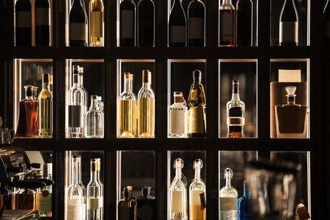 威士忌和烈酒對你來說,或許是不曾嘗試過的酒款!但在生活中的食、衣、住、行裡,我們早已和威士忌等烈酒結下緣分!