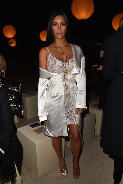 pretty nice 3d454 0204d Kim Kardashian West s Most Naked Dresses - Kim K s Sexiest Outfits
