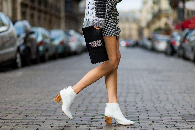 eac66ec8160 Bazaar Fashion Rules  The Tights Dilemma