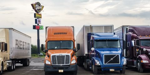10 Things You Never Knew About 18 Wheelers