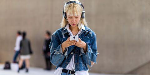 Street fashion, Clothing, Denim, Fashion, Audio equipment, Jeans, Headphones, Technology, Outerwear, Textile,