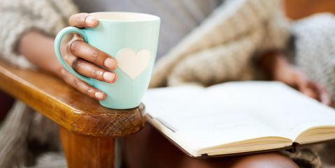 Cup, Coffee cup, Table, Cup, Drinkware, Mug, Tableware, Teacup, Furniture, Hand,