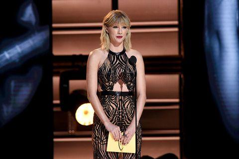 Taylor Swift flequillo